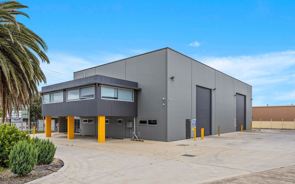 SILENT AUCTION- ALL OFFERS TO BE SUBMITTED BY 4PM FRIDAY 12TH OF MARCH  As NEW Concrete Panel Warehouse in Northern suburbs of the Illawarra.
