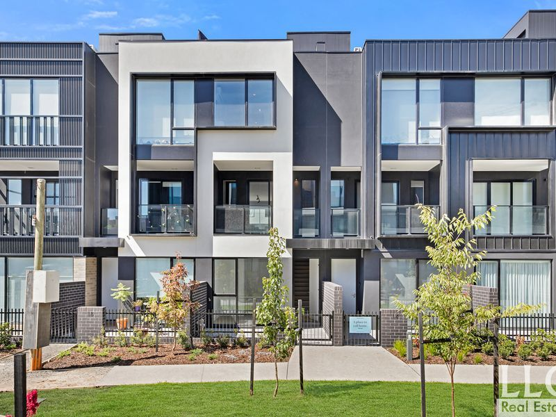 Architecturally designed Brand New townhouse