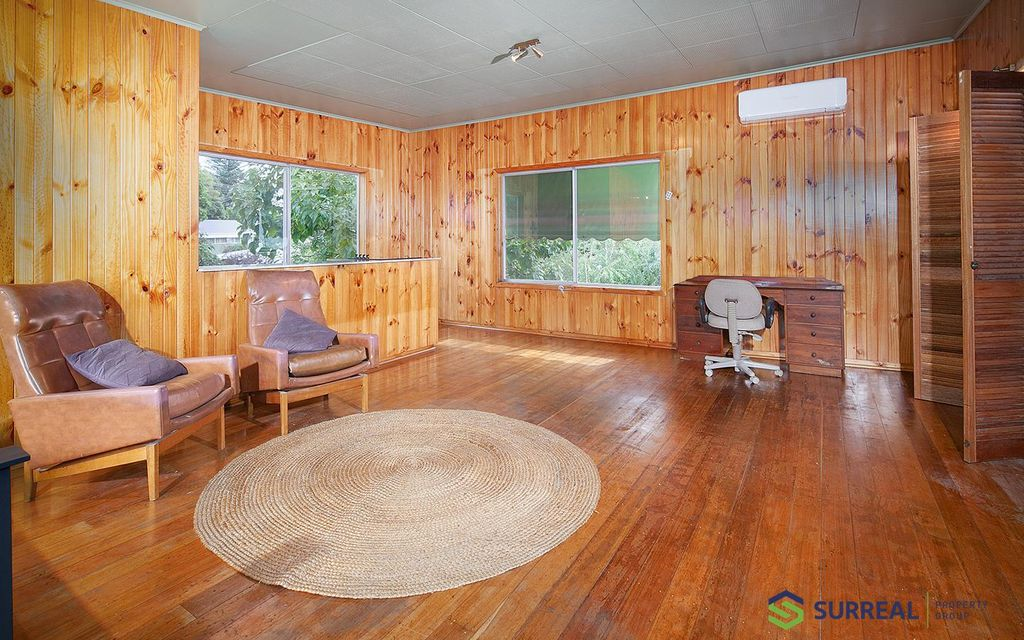 Little Gem in lovely Mount Evelyn, utilities included. Available Now