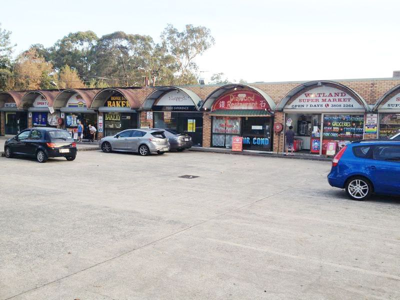 120m2 Commercial shop front for Lease