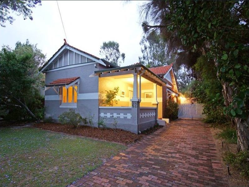 STUNNING CHARACTER HOME! VIEWING WILL NOT DISAPPOINT!