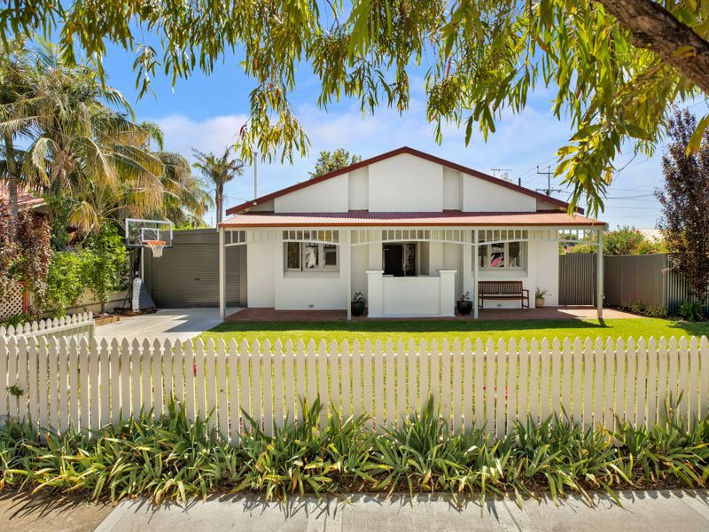 Investing or nesting: this north facing home in this idyllic location is one you won't want to miss