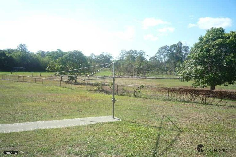 3 bedroom home on a 1 ½ acre block / 6,575 m2