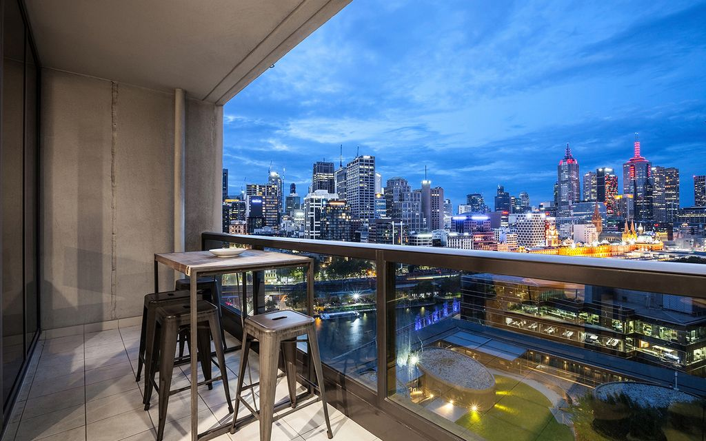 Freshwater Place – Luxurious Extra Large 1-bedroom Apartment with Two Balconies and Views (Under offer, Another Wanted)