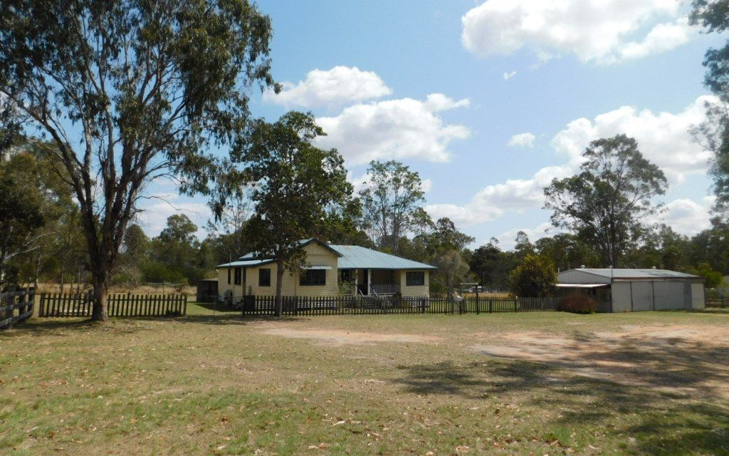 3 Bedroom Queenslander on 5 acres APPROVED APPLICANT PENDING VIEWING