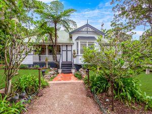 Make this your dream acreage Queenslander!!