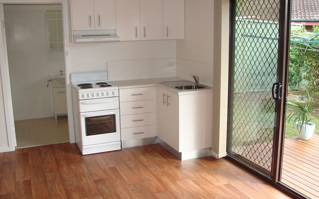 Low Maintenance One Bedroom Granny Flat at Rear of the property