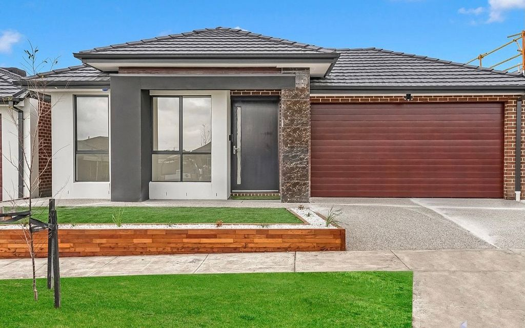 Family Home located in Donnybrae estate