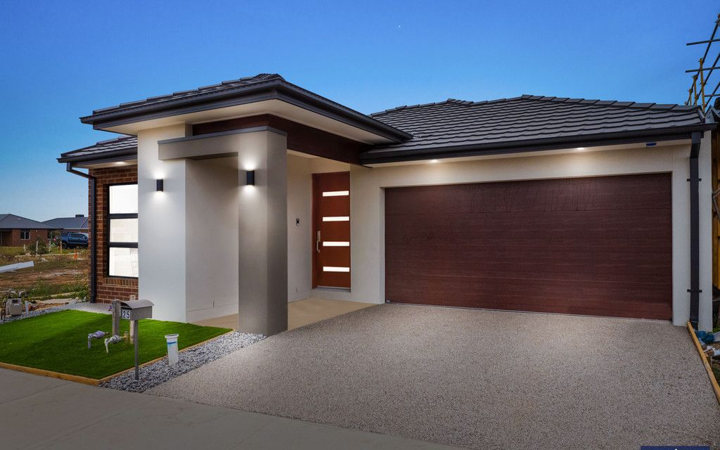 Brand New Home !!