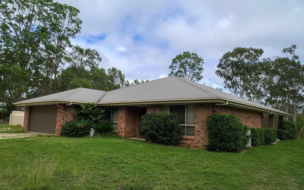 OUTSTANDING RARELY OFFERED PROPERTY !