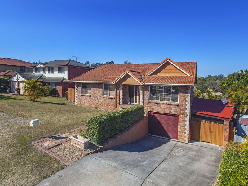Big house Big land – NOW UNDER CONTRACT