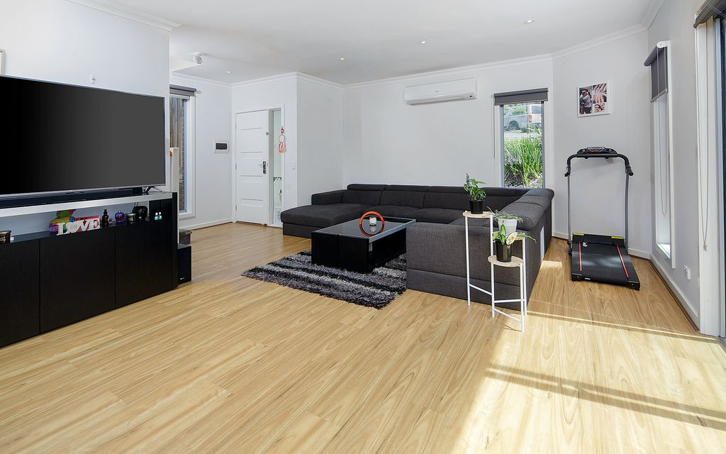 SWEET MODERN TOWNHOUSE IN WALK EVERYWHERE LOCATION