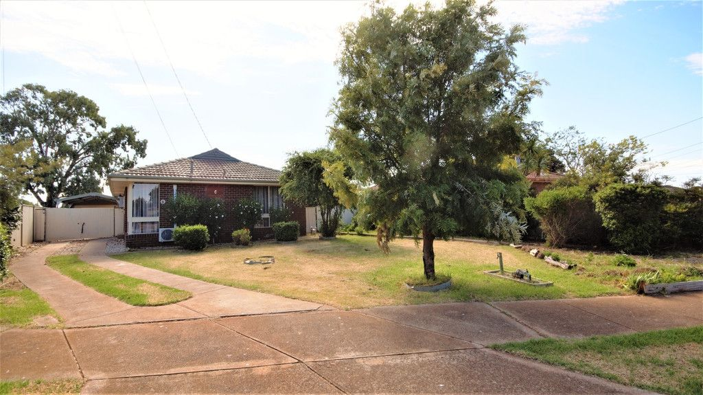 Rare home, rare court locale, large block! Fully Renovated