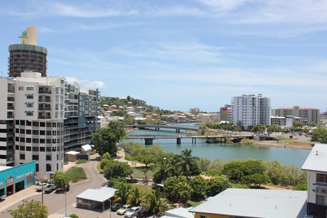 Fully Furnished Unit Inner City – Living At Its Best