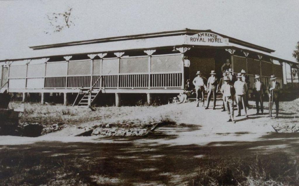 ROSEDALES VERY OWN HISTORIC ROYAL HOTEL & CARAVAN PARK