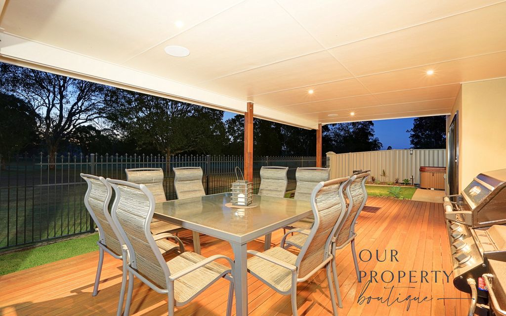 NORTH HAVEN HOME – A QUALITY BUILT HOME THAT WILL SEE A TIMLEY SALE
