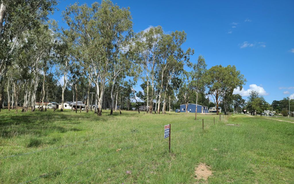 1/2 Acre Highway Frontage – 3 Lots Available