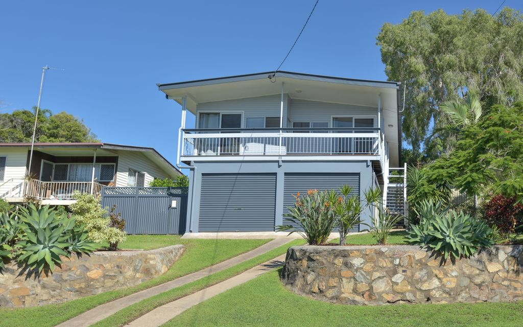 Highset family home in Sun Valley…move straight in!