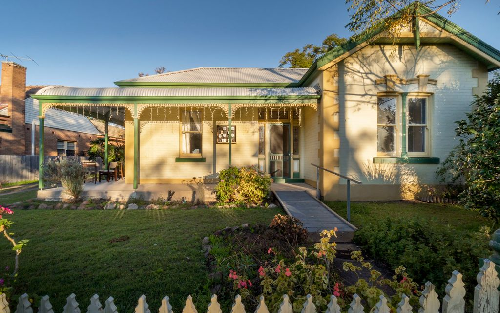 Old charm home in a unbeatable location