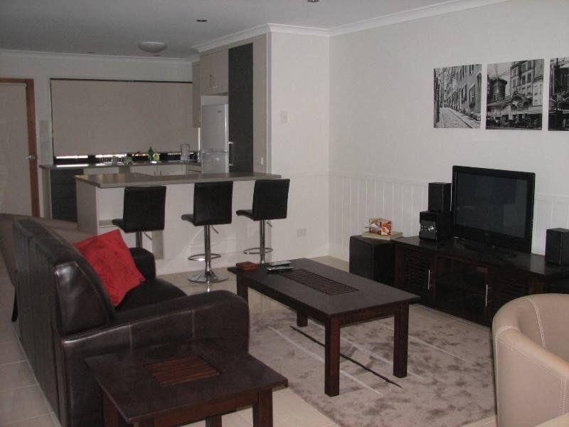 Modern Affordable Furnished 2 Bedroom Unit
