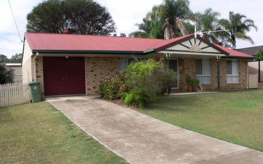 3 bedroom low set brick home. Close to high school.