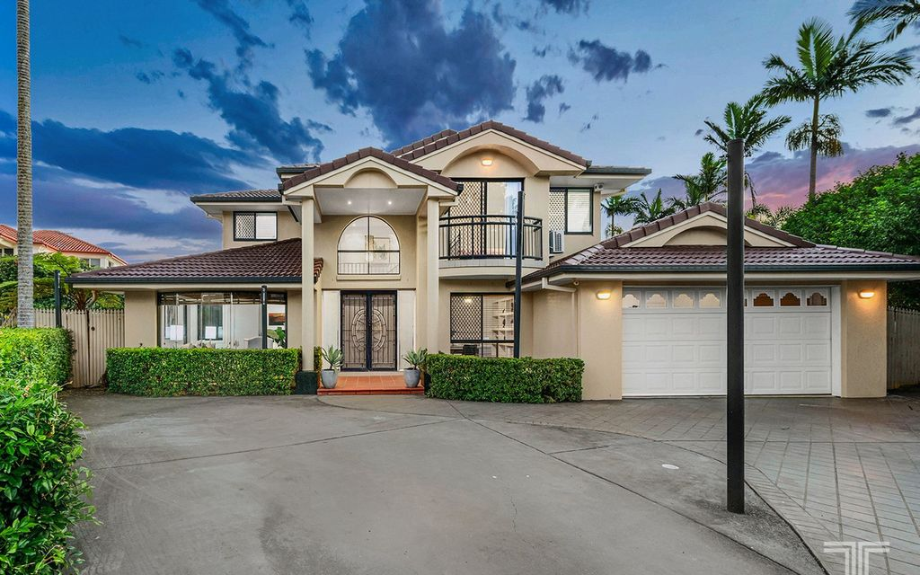 Exceptional Residence Offering Parkside Living in a Quiet Cul-de-sac