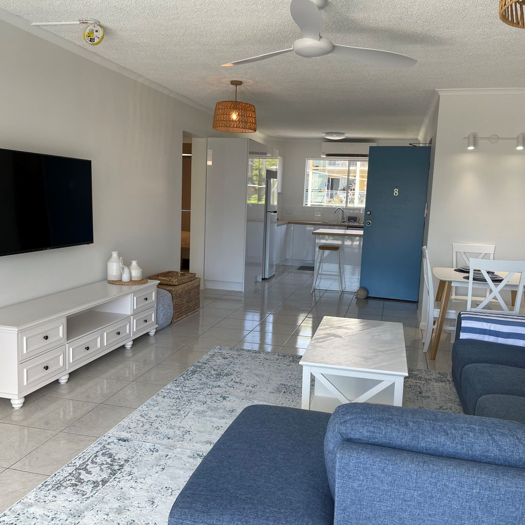 JUST BRING YOUR CLOTHES! – Fully Furnished!