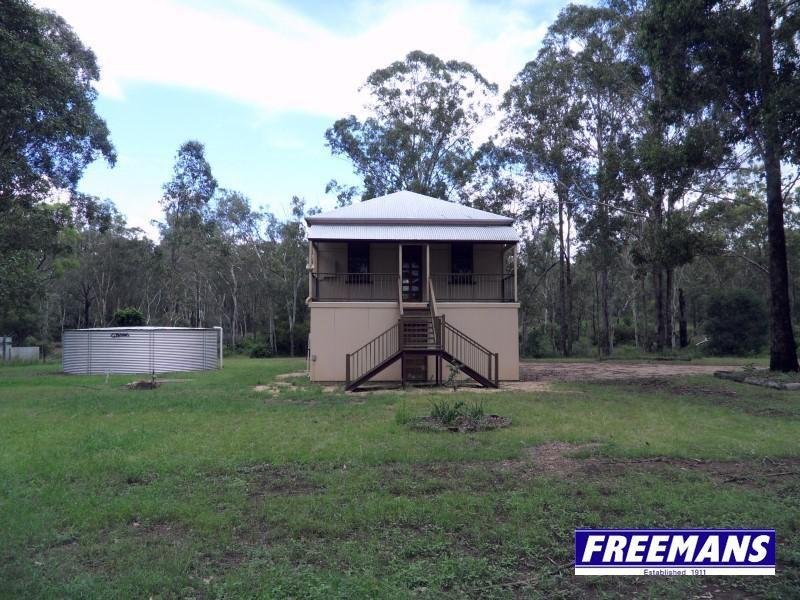 Queenslander 8 acres 10 minutes to Kingaroy