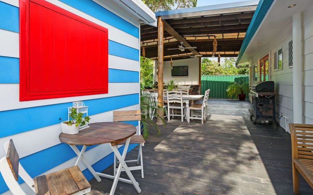 ENTERTAINERS DELIGHT NESTLED IN SOUGHT AFTER LOCATION