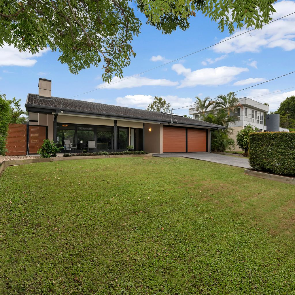 An absolutely knockout, single storey home with a jaw-dropping entertainment area