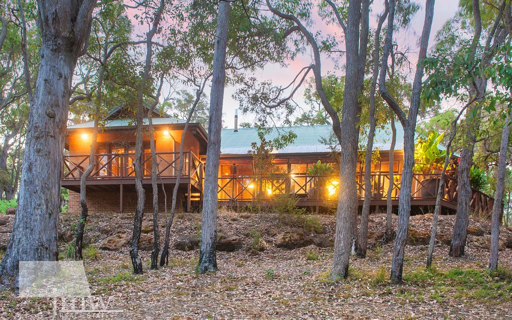 RAMMED EARTH MANOR IN THE FOREST