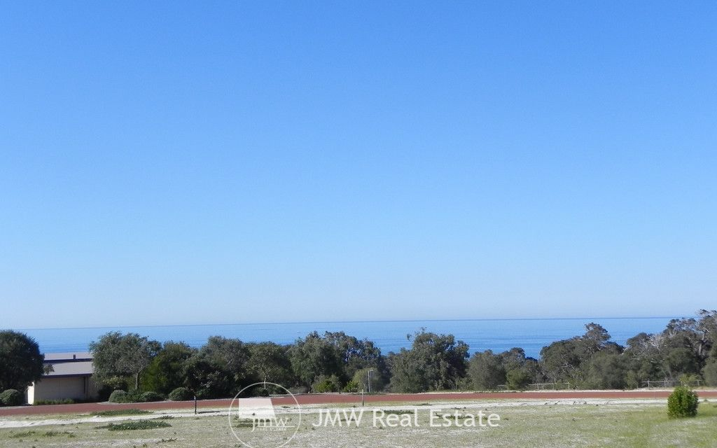 ONE OF THE GREAT OCEAN VIEWS OF EAGLE BAY