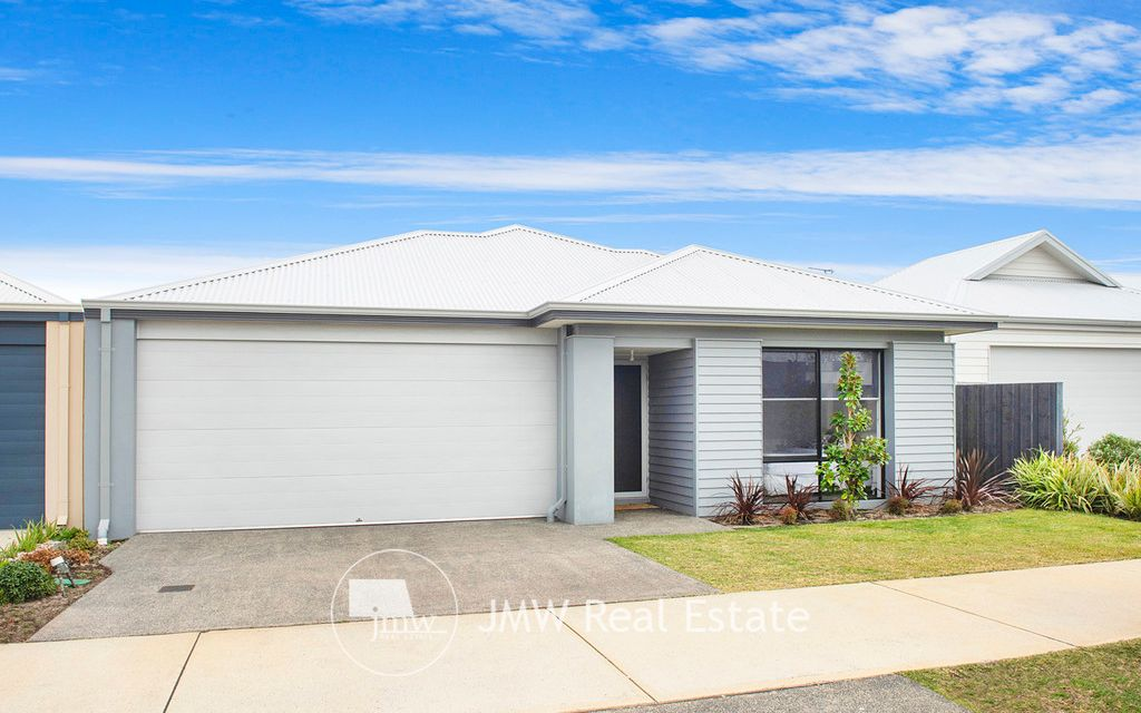 CENTRAL LOCATION – CLOSE TO DUNSBOROUGH PLAYING FIELDS
