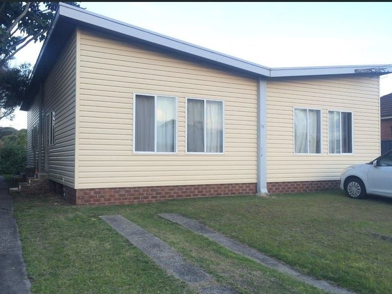 2 Bedroom Unit Close To Beach