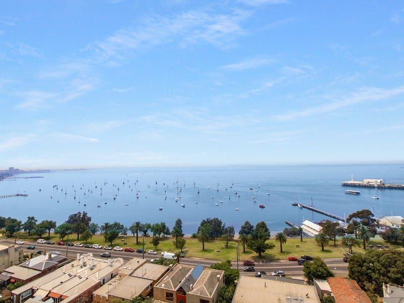 Chic City Living – Impressive Bay Views