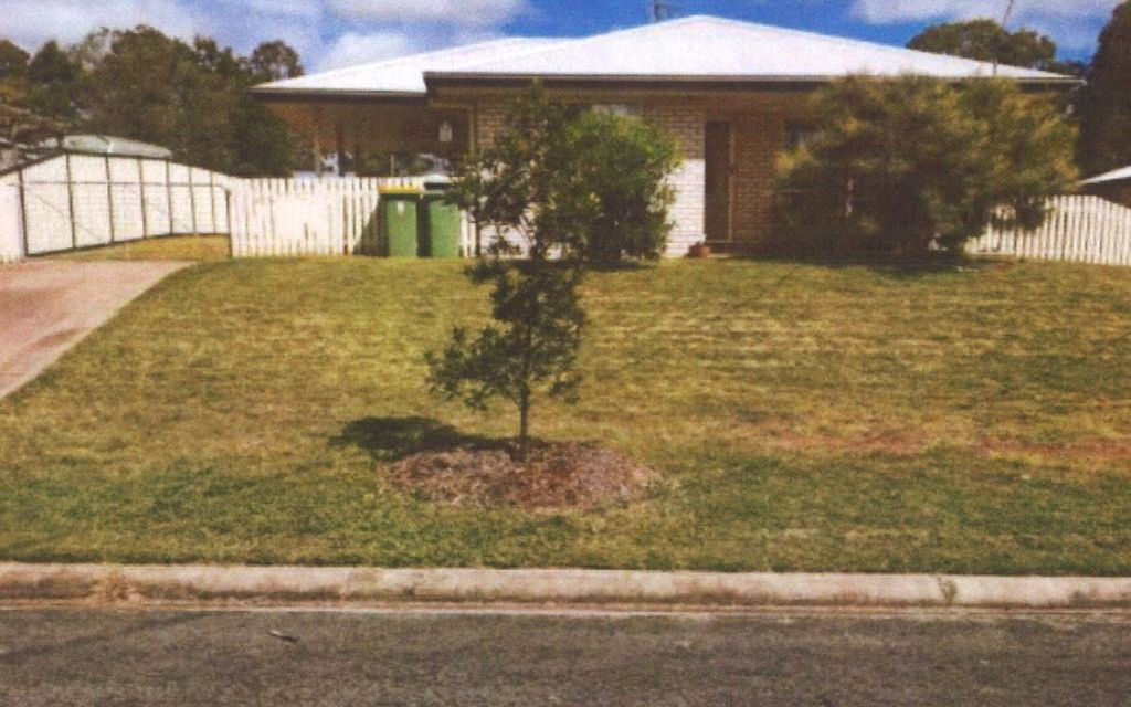NEAR NEW 4 BEDROOM HOME IN YARRAMAN