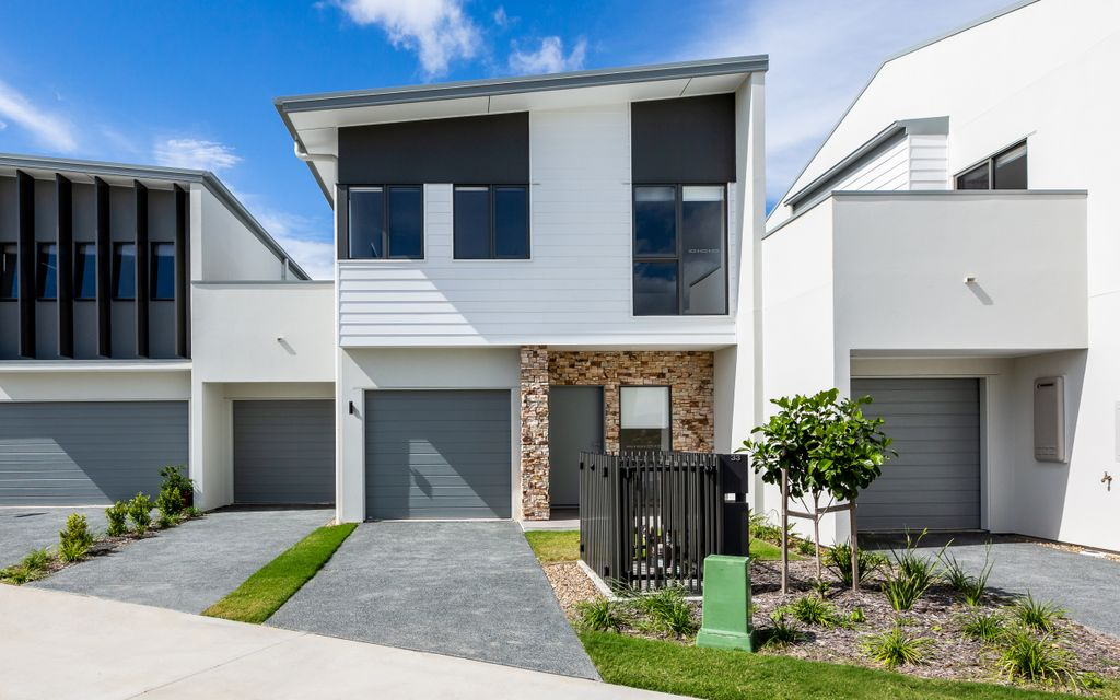 UNIQUE OPPORTUNITY – BRAND NEW SPACIOUS TOWNHOUSE + MARINA BERTH