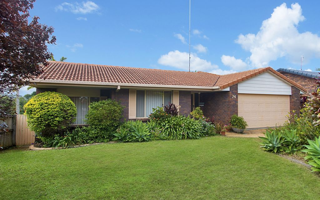 SOUGHT AFTER BANORA POINT LOCATION