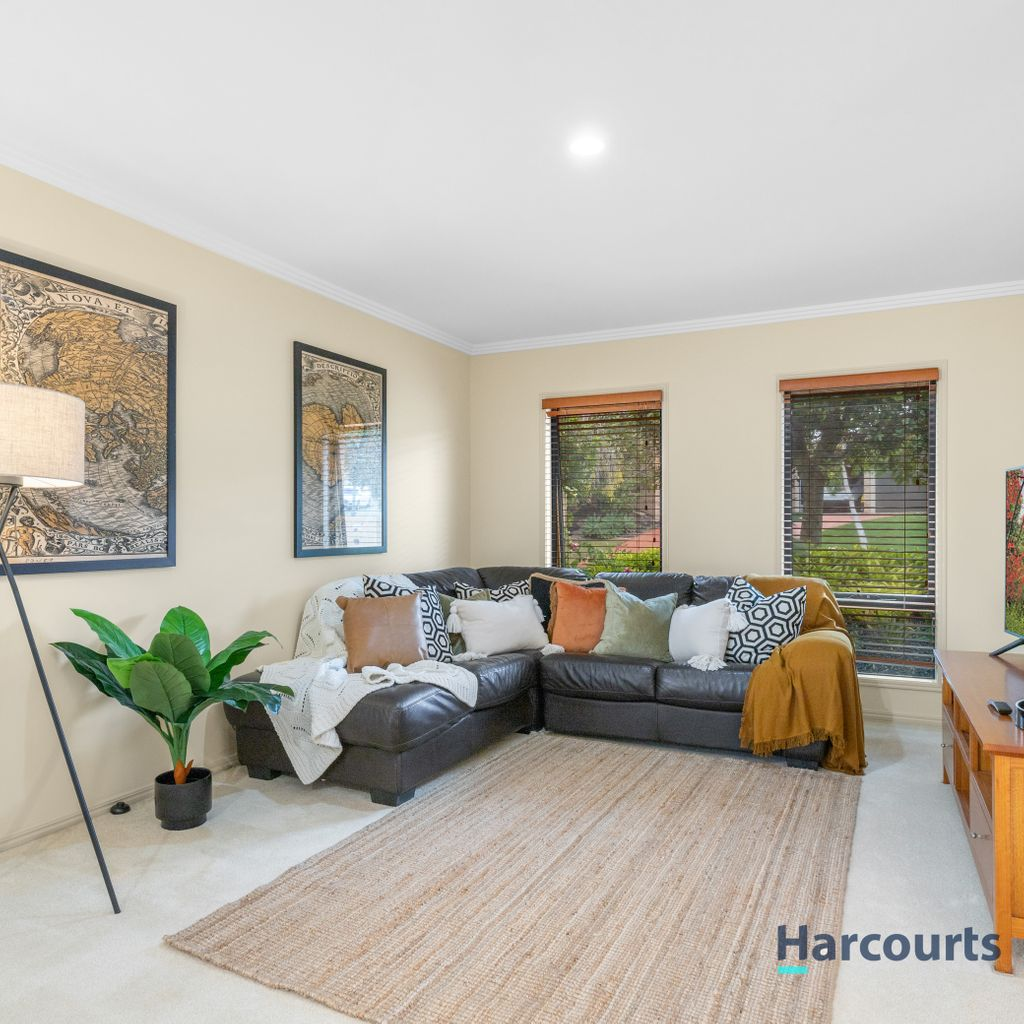 Immaculate Presentation, Fully Fenced, Pool and More
