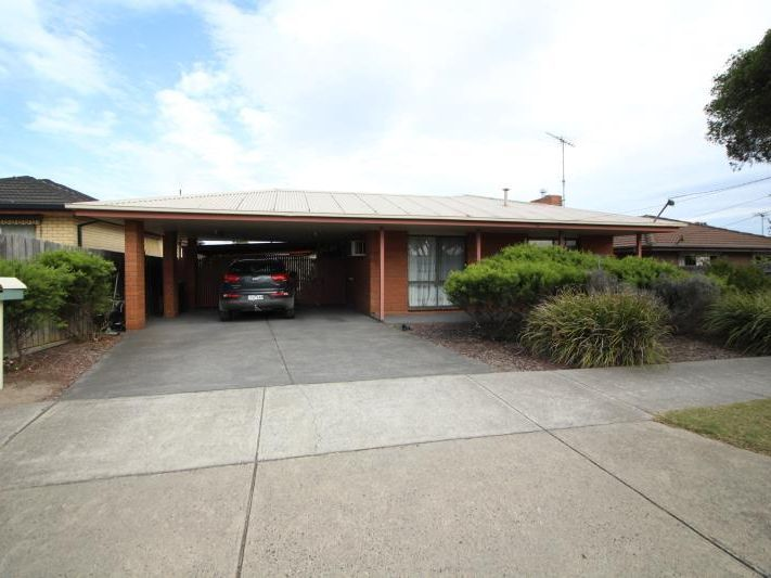 FAMILY HOME, GREAT LOCATION!