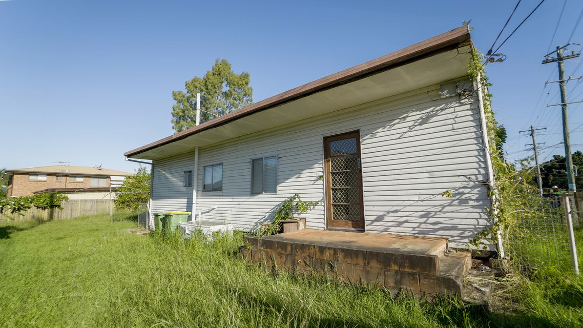 CHEAPEST HOUSE IN BRASSALL – Offers Over $190,000