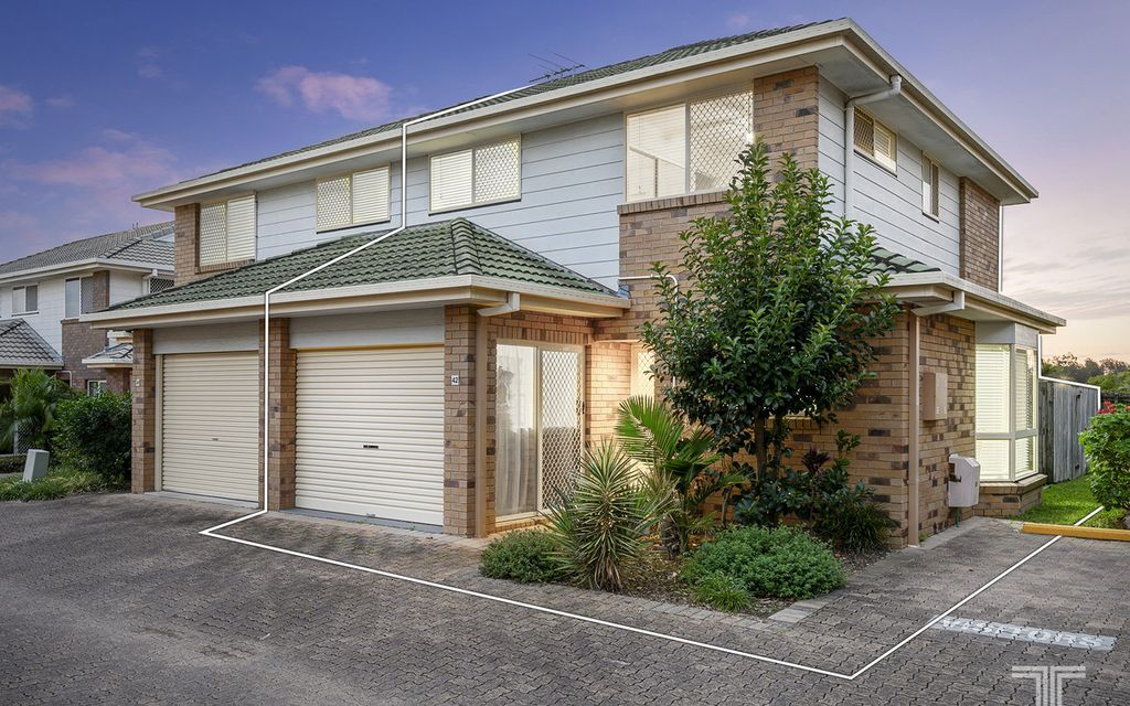 Superb Lifestyle, Neighbours and Amenities in a Sought-After Complex