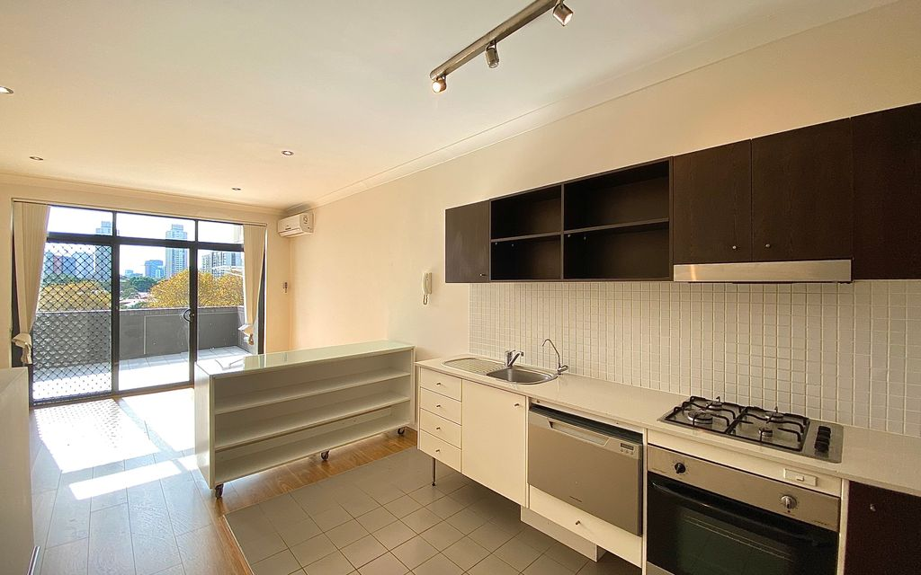 """2 Bed Split-Level Apartment in """"SOHO"""" Freshly painted and new Timber floorboards throughout"""
