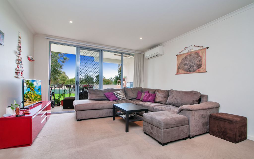 Serene Inner City Living in Lush Leafy environment . Available Now.  Private inspections by appointment.
