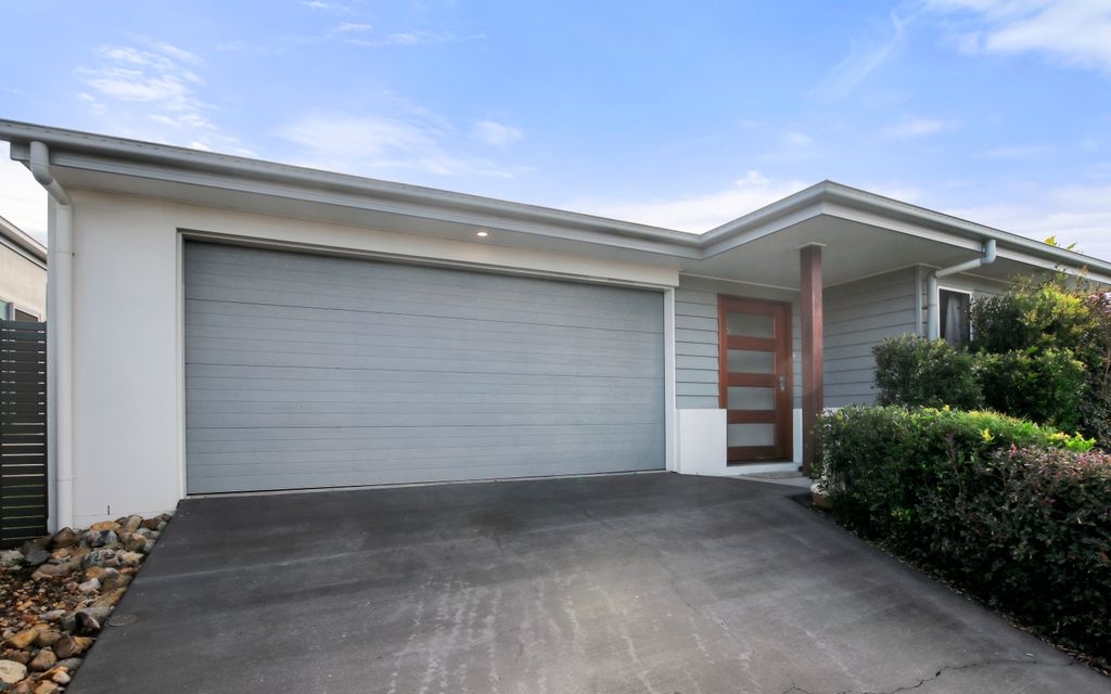 Perfect location family home!