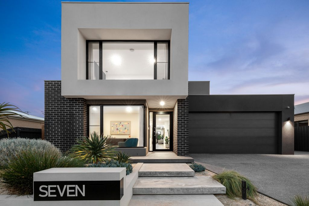 Exceptional residence offering a distinctive quality