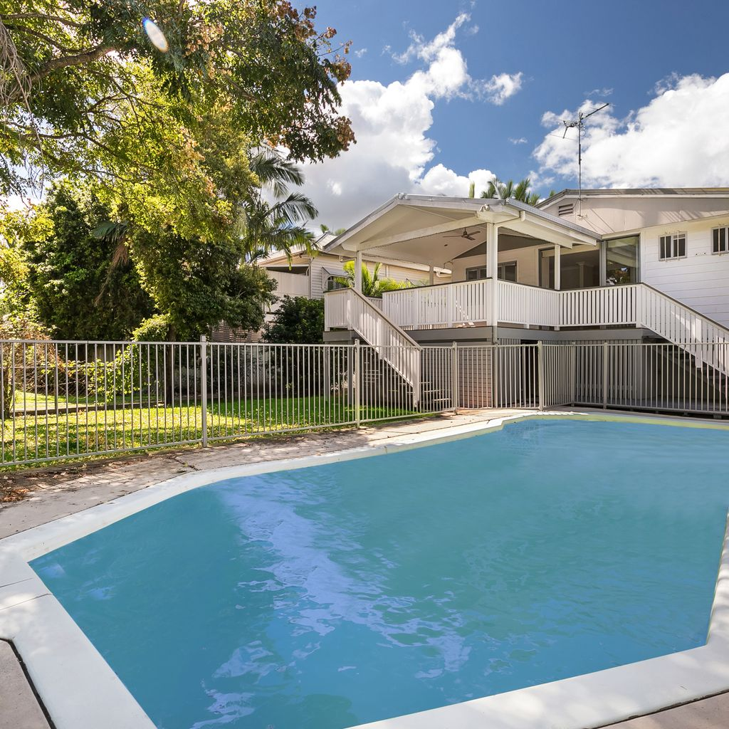SUBLIME OPPORTUNITY JUST 9KM FROM BRISBANE CBD