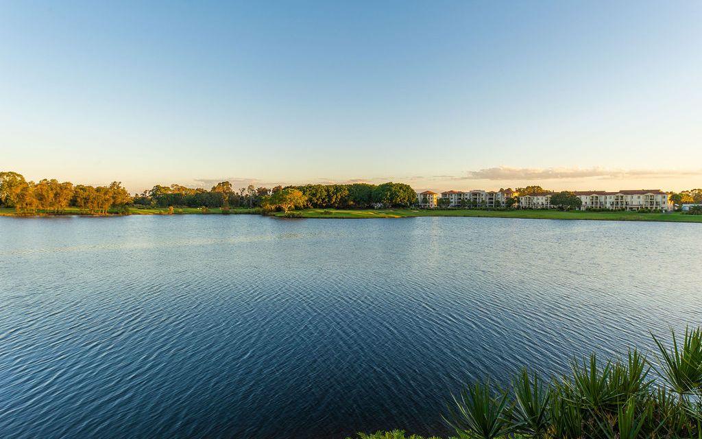 Contemporary Design, Elegant Lake Front Lifestyle