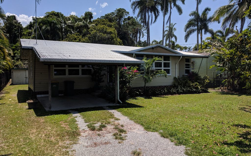 RENOVATED HOUSE IN CENTRAL MOSSMAN