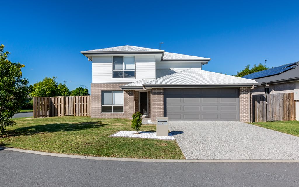 BRAND NEW SPACIOUS FAMILY HOME IN REGATTA WATERS